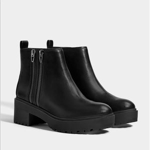 Platform ankle boots with zip detail. NEW